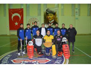 Hokey Süper Ligi'nde Gaziantep Polisgücü Rüzgarı