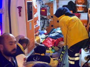 Ankara'da Sıkışmalı Trafik Kazası: 1'i Ağır 4 Yaralı