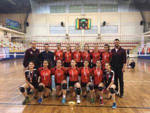 Denizli Küçük Kızlar Voleybol Takımı'nın Hedefi 'Türkiye Şampiyonası'