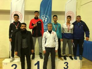 Gaziantepli Sporculardan Gençler Karete Okul Yarışmalarında 10 Madalya