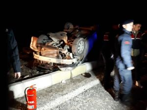 Denizli'de Yolcu Otobüsü İle Otomobil Çarpıştı: 3 Ölü, 2 Yaralı