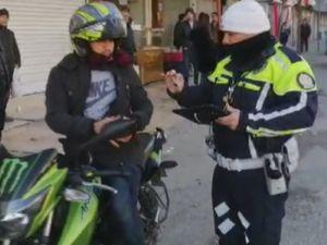 Kask Takmayan Motosikletlilere Geçit Yok