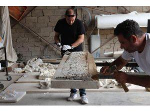 Nigar Hatun'un mezarı restorasyon içindualarla açılıp kapatıldı