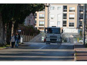 Muratpaşa'da beş mahallede dezenfekte çalışması