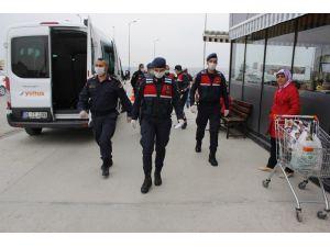 Jandarma Birimleri 65 Yaş Üstü Vatandaşların İstek Ve Taleplerini Yetiştirmeye Çalışıyor