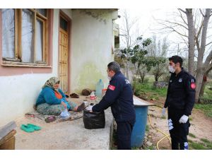 Kaş Belediyesi, 65 yaş üstü ve hastalar için özel yardım ekibi kurdu