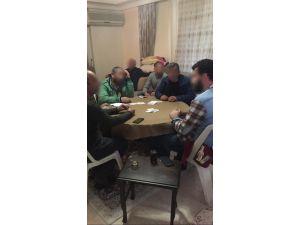 Alanya'da kumarhaneye çevrilmiş eve baskın: 6 gözaltı