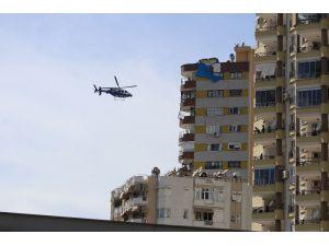 Adana'da 20 Yaş Altı Ve 65 Yaş Üstüne Helikopterli Denetim