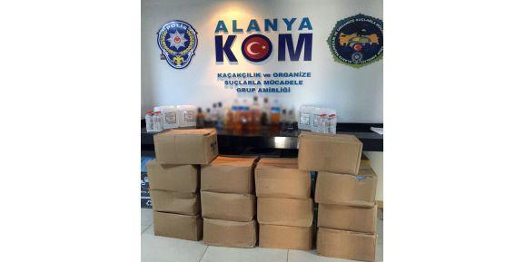 Alanya'da 25 şişe kaçak içki ve 300 litre etil alkol ele geçirildi