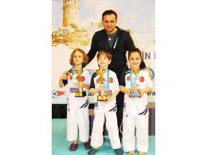 Ispartalı 2 Karateci Finale Yükseldi
