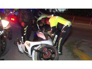 Hurda Motosikletle Sokağa Çıktı 12 Bin Tl Ceza Yedi