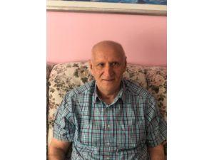 Emekli Diplomat Özdemir'den Davutoğlu Ve Ailesinin 15 Temmuz Darbe Girişimini Önceden Bildiği İddiası