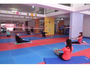 Erdemli Belediyesi Spor Merkezi Faaliyete Başladı