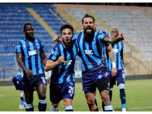 Tff 1. Lig: Adana Demirspor: 1 - Altay: 0 (İlk Yarı)