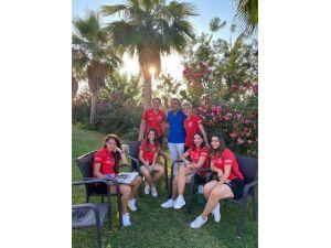 Kadın Futbol Takımından Şahin Kırbıyık'a Moral Ziyareti