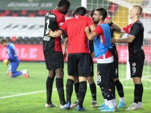 Süper Lig: Gaziantep Fk: 3 - Konyaspor: 1 (Maç Sonucu)
