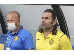 """İbrahim Üzülmez: """"Ante'nin Takım Kaptanı Olarak Söylediğine Rodrigues'in Uyması Gerekiyordu"""""""