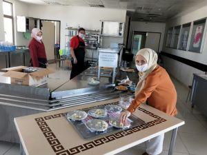 Beypazarı Devlet Hastanesinden İlginç Sosyal Mesafe Önlemi