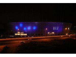 Yeni Adana Stadyumu 'Mavi-lacivert' Işıklarla Aydınlatıldı