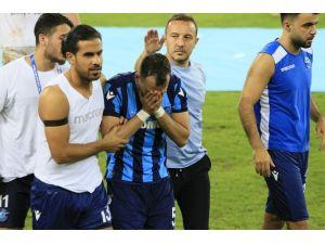 Kaçan Penaltı Sonrasında Adana Demirspor Futbolcuları Yıkıldı