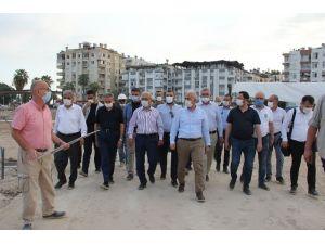 """Elvan: """"Lübnan İçin Elimizden Gelen Desteği Vereceğiz"""""""