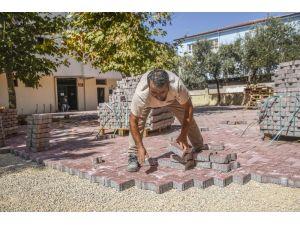 Kepez Belediyesi cami bakımlarını sürdürdü