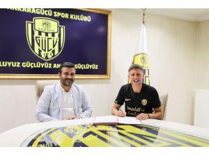 Mke Ankaragücü, Kosovalı Milli Oyuncu Idriz Voca İle Anlaştı