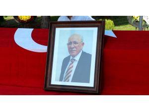 Hayatını kaybeden Prof. Dr. Karpuzoğlu'na hüzünlü uğurlama