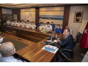 Seçer, Mersin Büyükşehir Belediyesi Erkek Basketbol Takımı İle Bir Araya Geldi