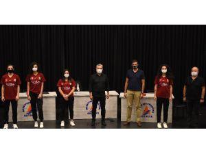 Muratpaşa Belediyespor Kadın Hentbol Takımından İşbirliği