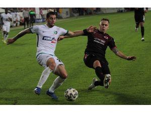Süper Lig: Gençlerbirliği: 1 - Yukatel Denizlispor: 2 (Maç Sonucu)