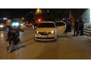 Polis Kovalamacasında Elindeki Uyuşturucuyu Yutmaya Çalıştı