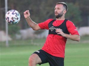 Antalyaspor'un 5 Golünü, 5 Farklı Futbolcu Attı