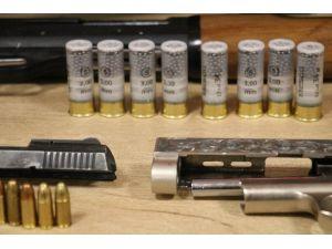 Kahramanmaraş'ta Silah Tamiri Yapan İş Yerlerine Operasyon: 4 Gözaltı