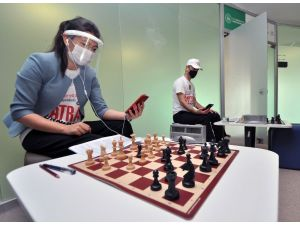 Neü'de Online Satranç Turnuvası