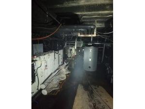 Otelin kazan dairesinde çıkan yangın büyümeden söndürüldü