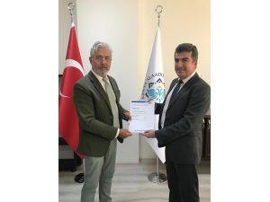 ALKÜ'ye akreditasyon ve denetçi belgesi verildi