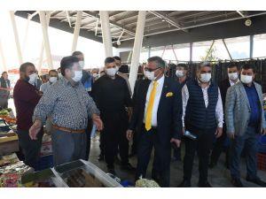 Kemer'in ilk kapalı pazar yeri Kuzdere'de hizmete girdi