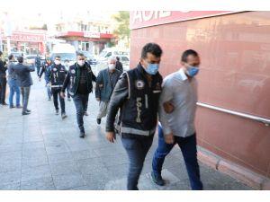 Kaçak Poliklinik Ve Eczane İşleten 6 Kişi Tutuklandı