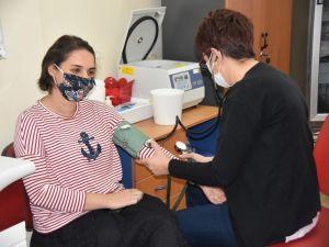 Adana'da İlk Korona Virüs Aşısı Yapıldı