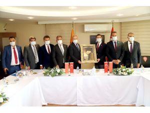 """Mtosb Başkanı Tekli: """"Mersin Sanayisi Yeni Pazarlar Keşfediyor"""""""