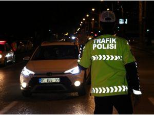 Adana'da Binlerce Polisle Huzur Ve Güven Uygulaması