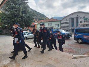 Isparta'da Hırsızlık Yaparken Suçüstü Yakalanan 3 Kişi Tutuklandı