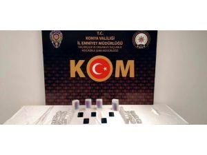 Konya'da 692 Bin 476 Tablet Kaçak Tıbbi İlaç Ele Geçirildi