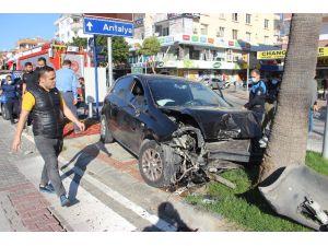 Alanya Kestelsporlu futbolcu kaza yaptı: 2 yaralı