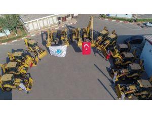 Büyükşehir Belediyesi 79 İş Makinesiyle Araç Filosunu Güçlendirdi
