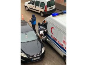 'Ben Polisim' Diyerek Ambulans Şoförünü Darp Etti