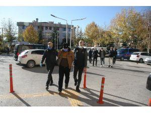 Deaş'ın İngilizce Listesindeki 'Soldier'leri (Asker) Afyon'da Yakalandı
