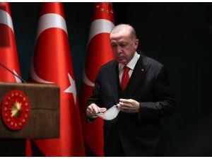"""Cumhurbaşkanı Erdoğan: """"Aşı İçin İlk Etapta 50 Milyon Dozluk Bir Anlaşma Yaptık. Önümüzdeki Aydan İtibaren Aşının Uygulanmasına Başlanacak."""""""