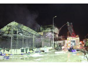 Alevlerin Ardından Deterjan Fabrikası Harabeye Döndü